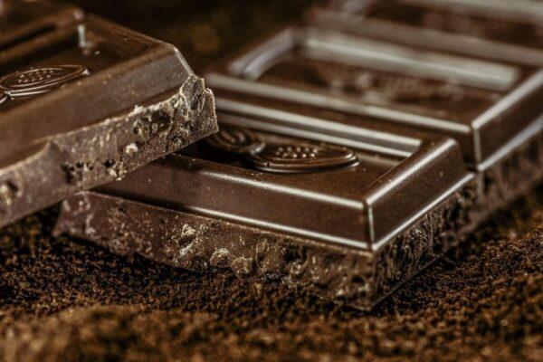 Hé lộ những thành phần dinh dưỡng có trong socola đen bạn nên biết