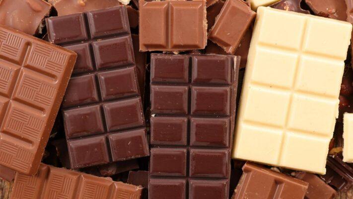 Phân biệt socola trắng, socola đen và socola sữa
